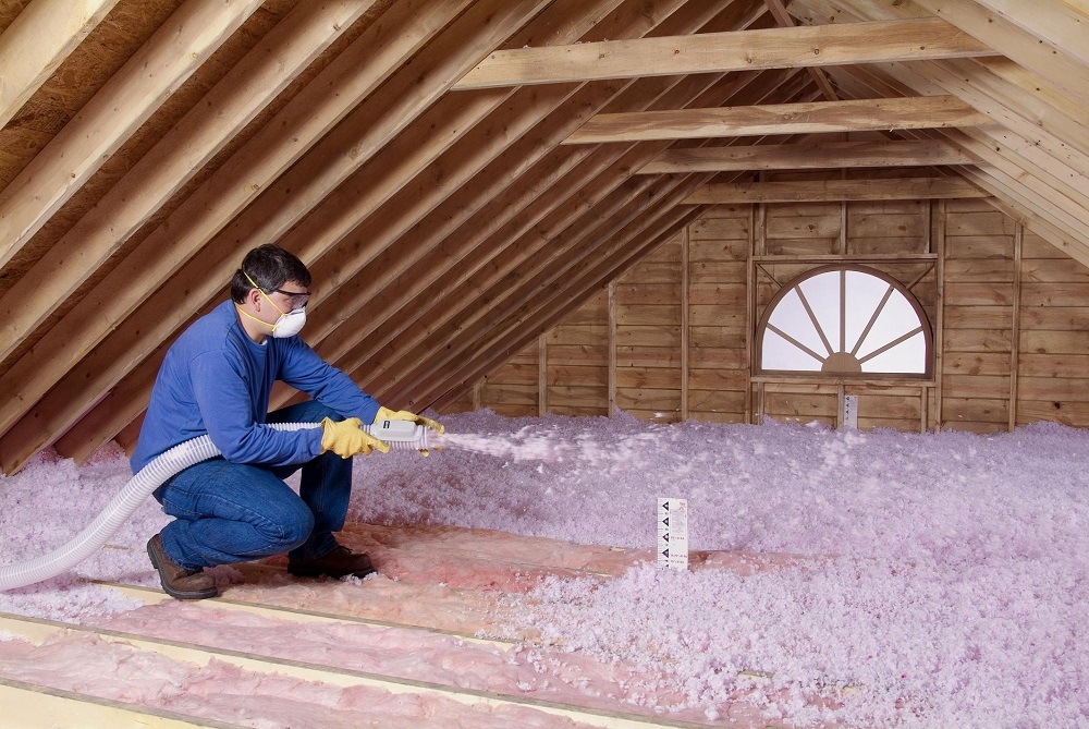Fiberglass loose-fill insulation