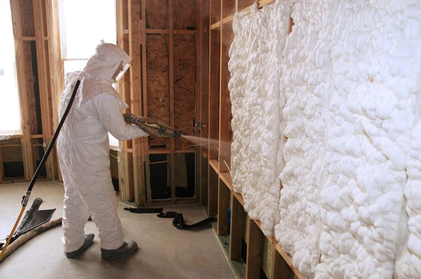 Spray foam loose-fill insulation