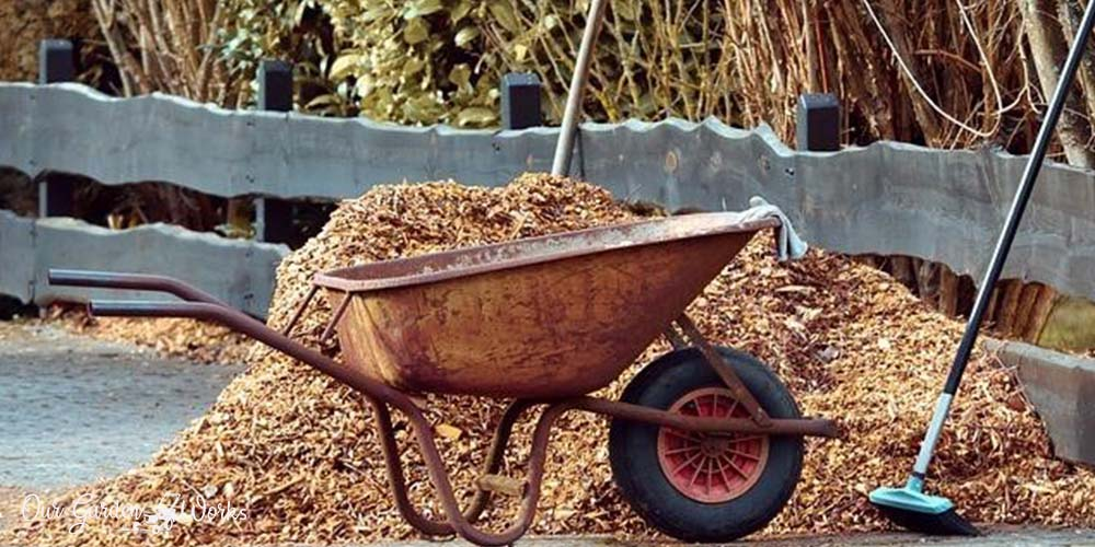 What To Do With Old Mulch